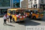 Игорь Пушкарев подарил школьникам автобусы