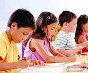 Ученые: девочки взрослеют быстрее мальчиков на 10 лет