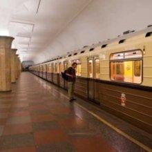 Ехавший между вагонами мужчина задержан на одной из веток метро в Москве
