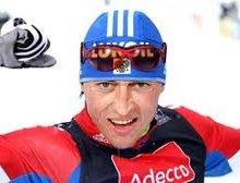 Лыжник Легков отвоевал золото на этапе Кубка мира в Италии