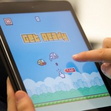 �� �������� eBay ��������� ��������� � ��������� ����� Flappy Bird
