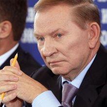 Кучма призывает власть и оппозицию немедленно возобновить переговоры