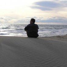 Одиночество хуже сказывается на здоровье, чем лишний вес