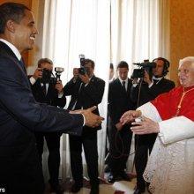 Барак Обама подарил папе Римскому семена овощей из сада Белого дома