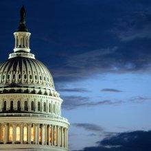 Конгресс США одобрил помощь Украине в размере $1 млрд, а также санкции против России