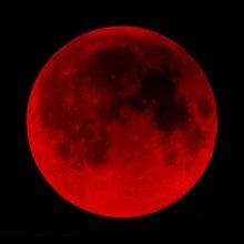 """Этой ночью над западом взойдет """"кровавая луна"""""""