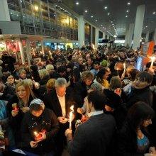В Москву из Иерусалима доставлена частица Благодатного огня