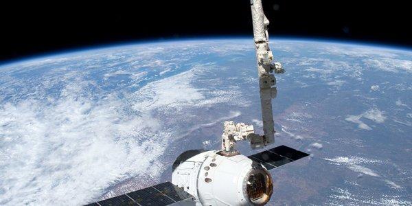 ТГК Dragon удачно пристыковался к МКС
