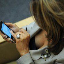 Ученые: человек делится бактериями со своим смартфоном