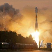 Частный российский спутник DX1 отправил первый сигнал с орбиты