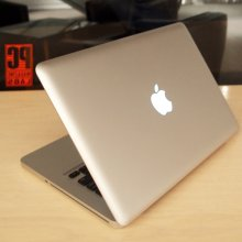 Apple ������������ ����������� MacBook Pro � �������� Retina