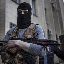 """В Луганске ополченцы грабят гипермаркет """"Метро"""" уже третий день"""