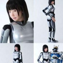 В Японии вместо девушек-черлидеров перед зрителями выступили роботы