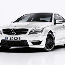 Mercedes C63 AMG Coupe удержат на рынке до весны 2015 года