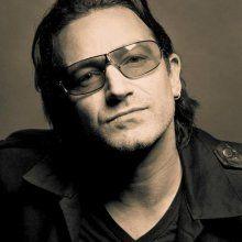Вокалист U2 признался о своей болезни глаукомой