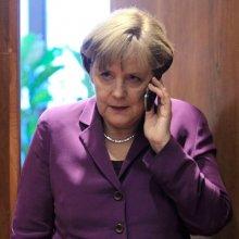Меркель заявила о незаконности выборов в ДНР и ЛНР