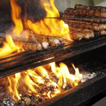 � ������ �� ������ ������ ����� ��� �Zinger Grill Bar�
