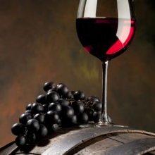 Ученые: Красное вино продлевает молодость и защищает от болезней