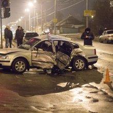 На Петергофском шоссе столкнулись ВАЗ и Audi, пострадал один человек