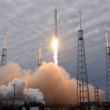 � ��� SpaceX ��������� ������ Falcon 9 � ����� ������������� ����������