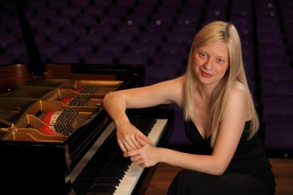 В Торонто отменен концерт известной пианистки за ее позицию по Украине