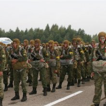 В Белоруссию прибыли десантники из России для участия в совместных учениях