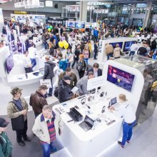 Sony на Consumer Electronics Photo Expo 2015 показала 4к видеокамеру
