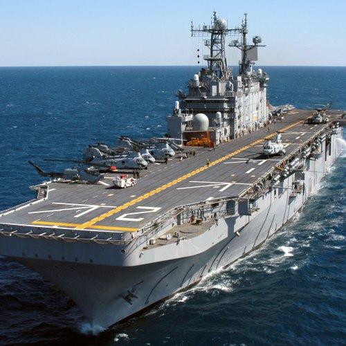 Боевой вертолетоносец «Мистраль» вышел в море на третий этап испытаний