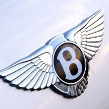 ���������� ����� ����� Bentley Bentayga �� ������������