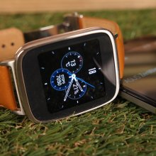 �� �������� Computex 2015 ����������� ASUS ZenWatch 2 �� OS Android Wear