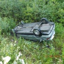 В Оренбургской области автомобиль «Тойота» попал в кювет