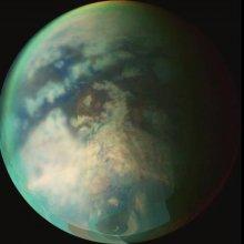 Ученые выяснили возникновение морей и озер на Титане