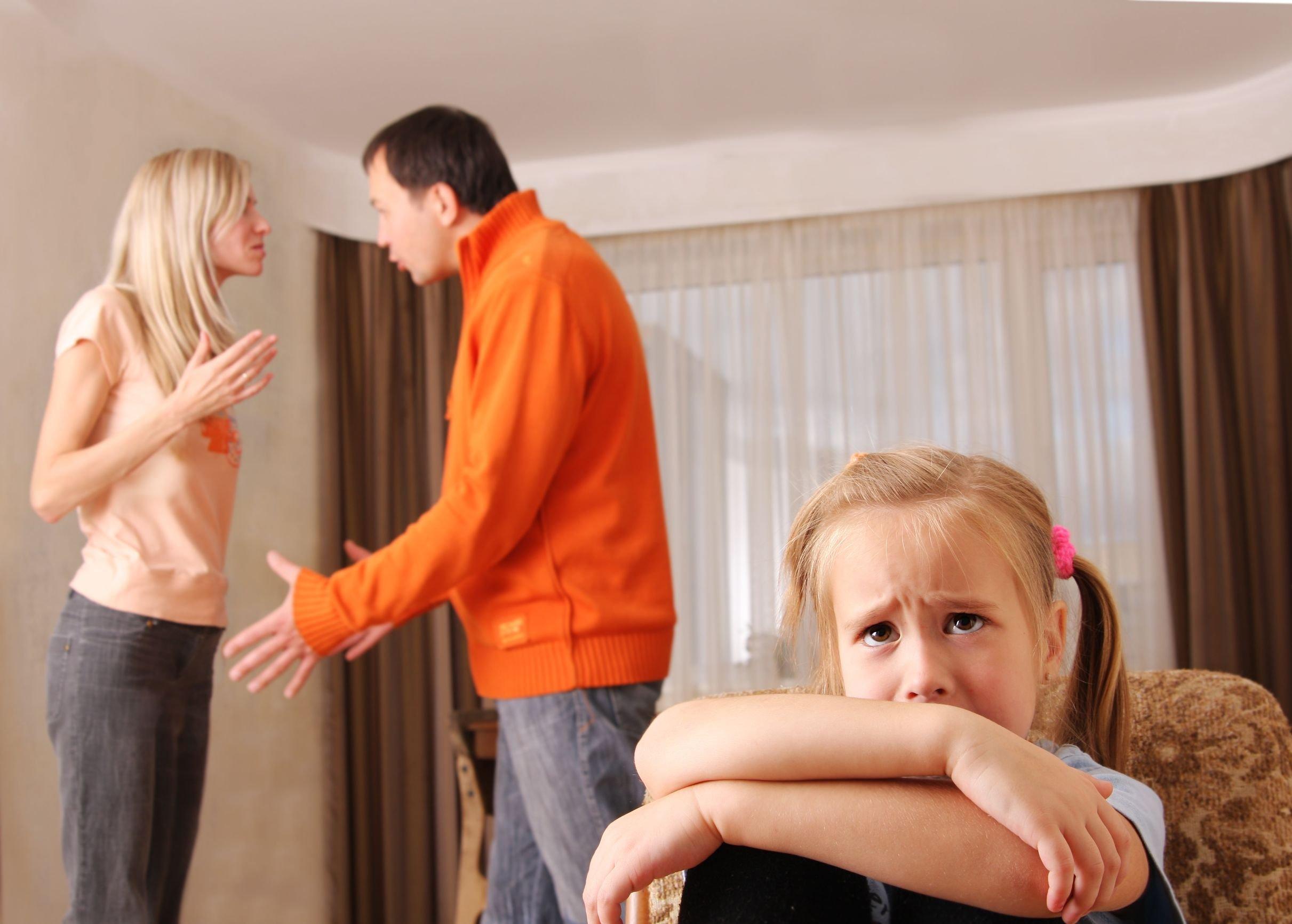 Смотреть муж сажает на кол изменившую ему жену 1 фотография