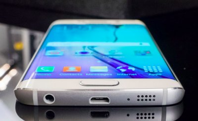 СМИ: Планшетофон Samsung Galaxy S6 edge Plus получит камеру на 16МР