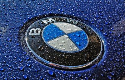 Фотошпионы запечатлели удлиненный BMW X1 на дорогах Европы