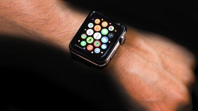 Apple продал 3,6 млн Apple Watch во II квартале 2015 года