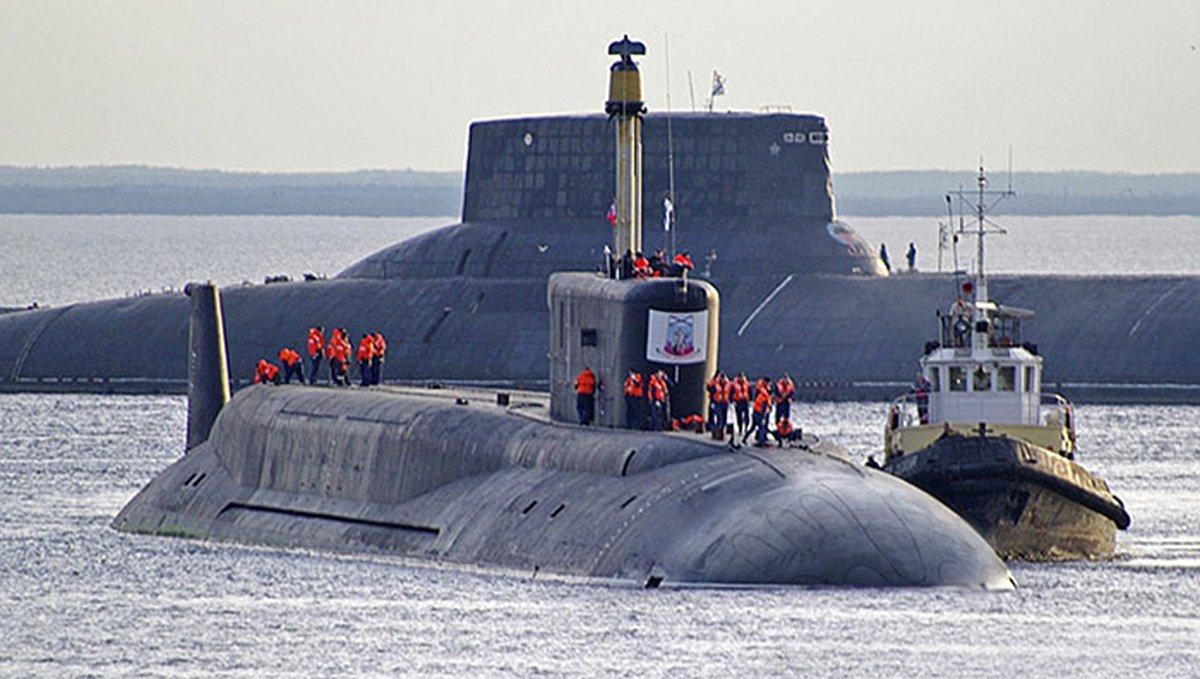 самая большая подводная лодка россии акула