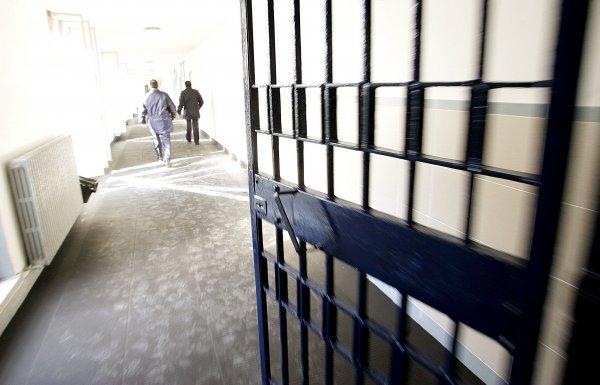 Двое жителей Хакасии два дня насиловали 77-летнюю пенсионерку