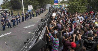 Страны ЕС большинством голосов приняли план распределения 120 тыс беженцев