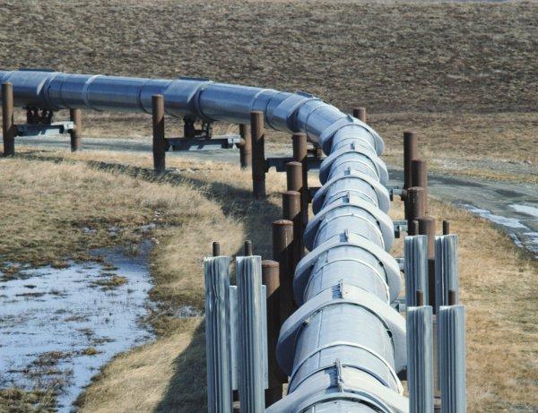 Газопровод Кубань-Крым запустят к середине 2018 года