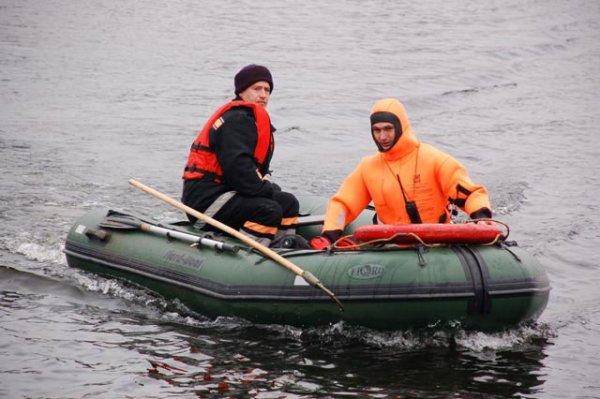 про рыбаков которые попали в шторм