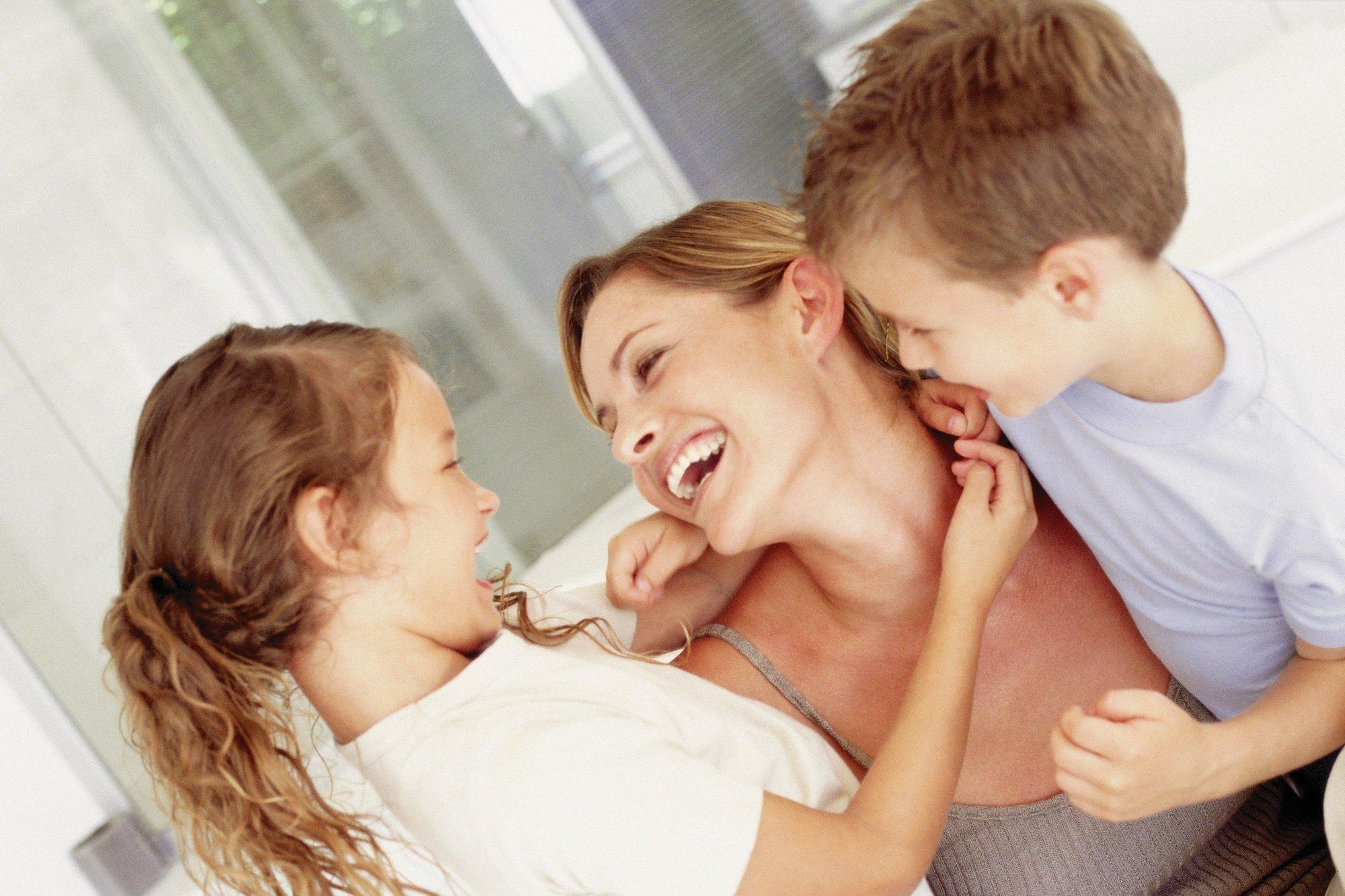 Мама и дочка онлайн 6 фотография