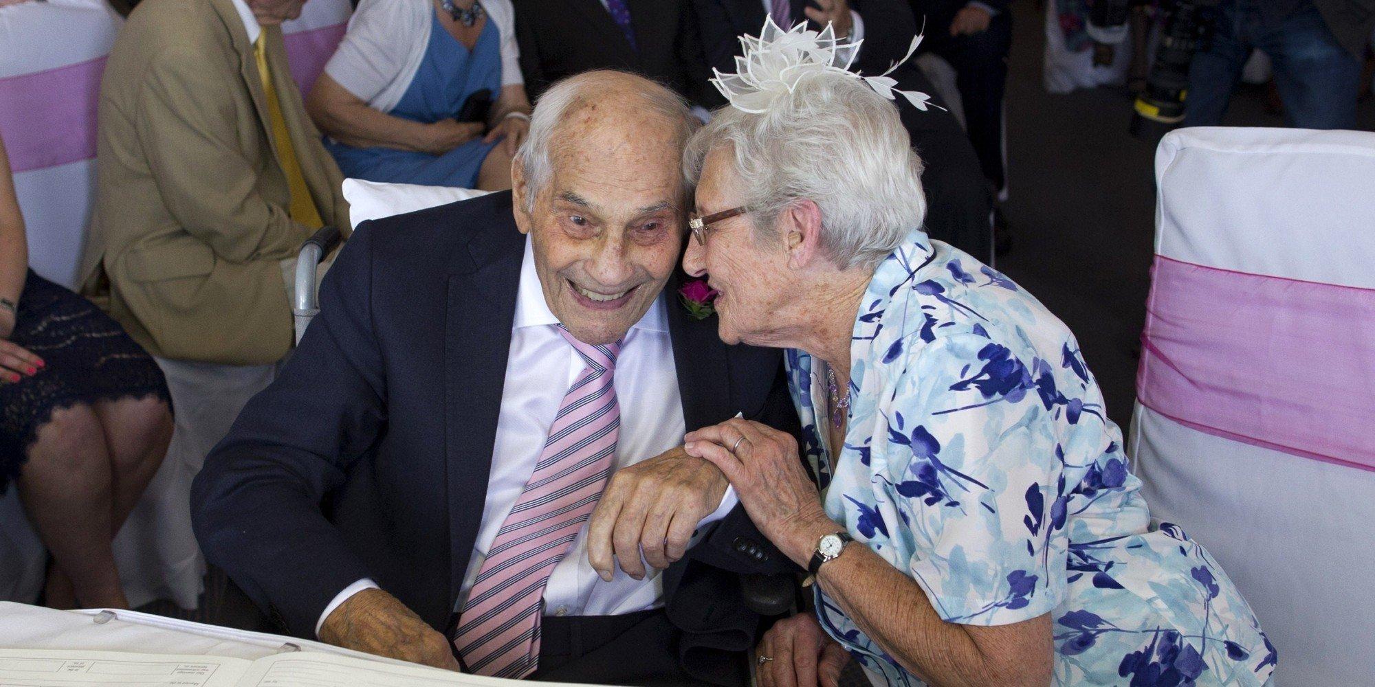 Шалости пожилых супругов смотреть 13 фотография