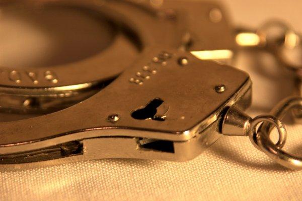 В Подмосковье рецидивист изнасиловал 50-летнюю женщину