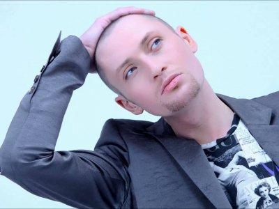 СМИ: Победить рак певцу Шуре помогла влюбленность