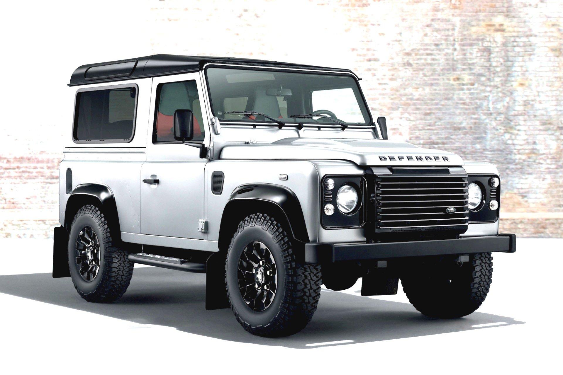 Смотри! Land Rover Defender 2019 модельного года в 2019 году