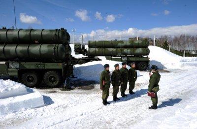 Новый зенитный ракетный полк сил ПВО РФ заступил на службу в Арктике
