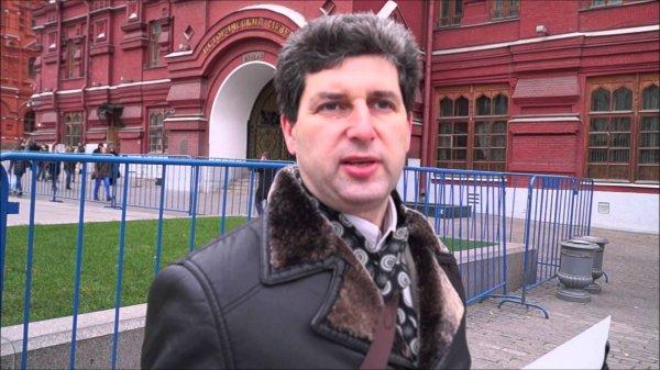 В Москве на Манежной площади был задержан активист Марк Гальперин