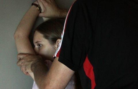 Секс издевательства девачка з девачкай