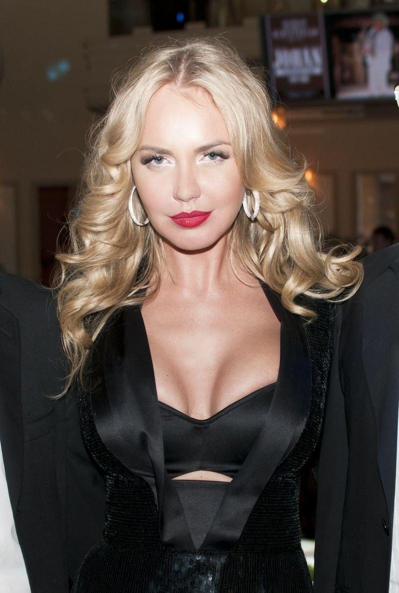 Masha Malinovskaya Nude Photos 47